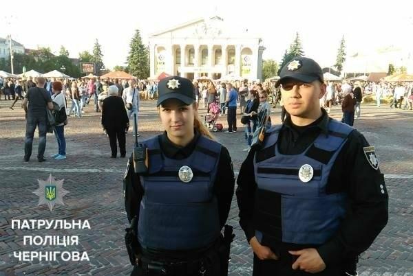Черниговские патрульные сопровождали велоколону , фото-1