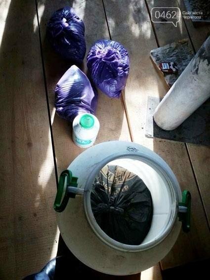 У жителя Черниговщины нашли бидон марихуаны, фото-1