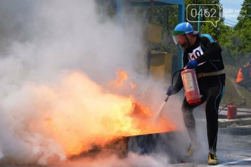 Под Черниговом проводится чемпионат по пожарно-прикладному искусству, фото-1
