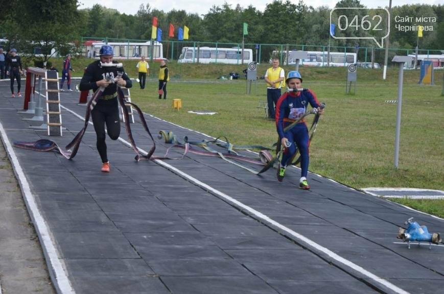 Под Черниговом проводится чемпионат по пожарно-прикладному искусству, фото-10