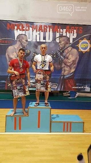 Черниговский полицейский стал чемпионам мира в казацком поединке, фото-2