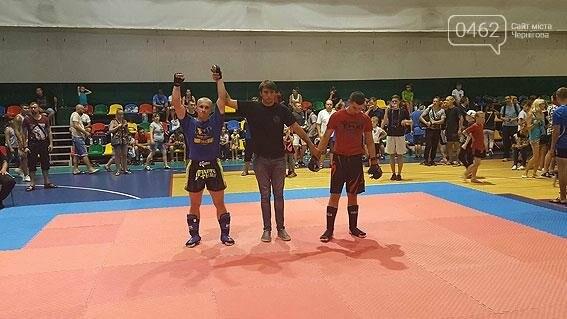 Черниговский полицейский стал чемпионам мира в казацком поединке, фото-1