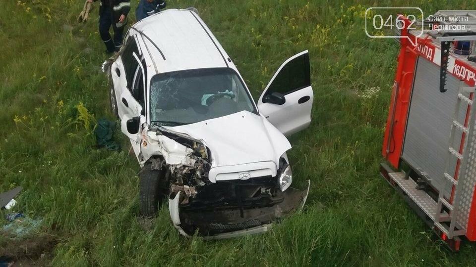 Поезд в Черниговской области убил на переезде пассажирку автомобиля, фото-1