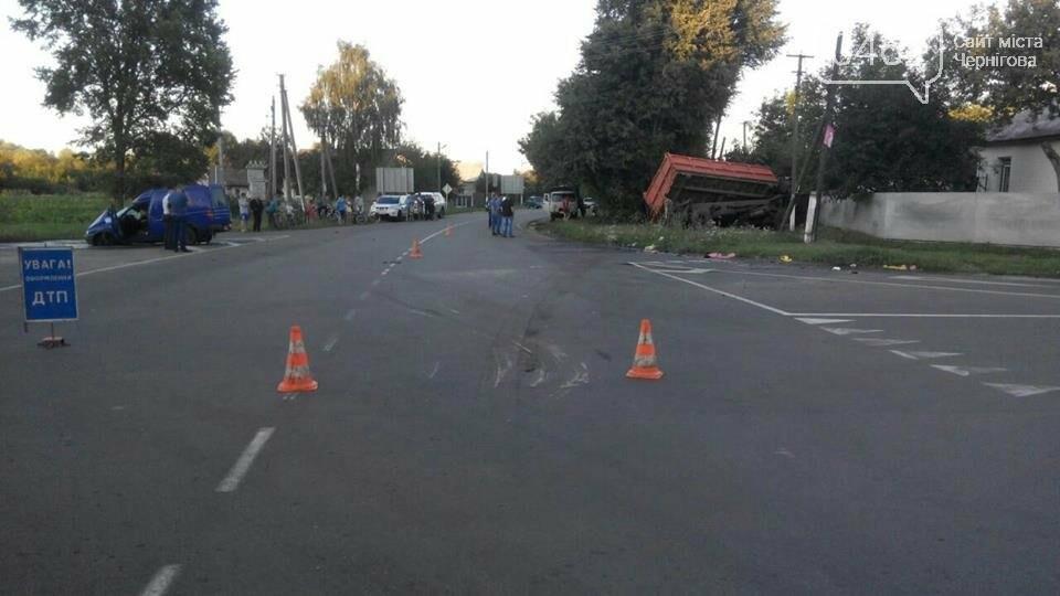 Водитель КамАЗа на Черниговщине погиб в ДТП, пытаясь спасти нарушителя правил, фото-2