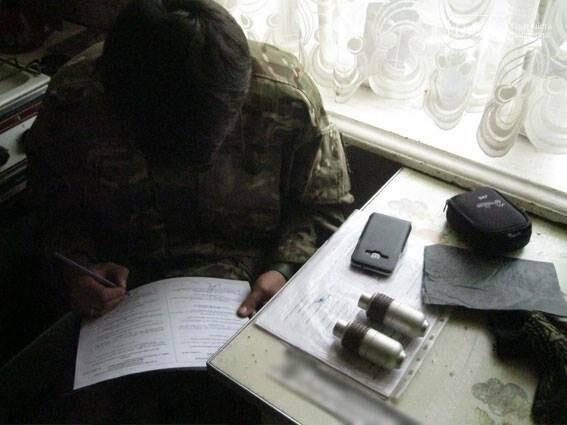 Приехав на семейную ссору полиция Черниговщины нашла гранаты , фото-1