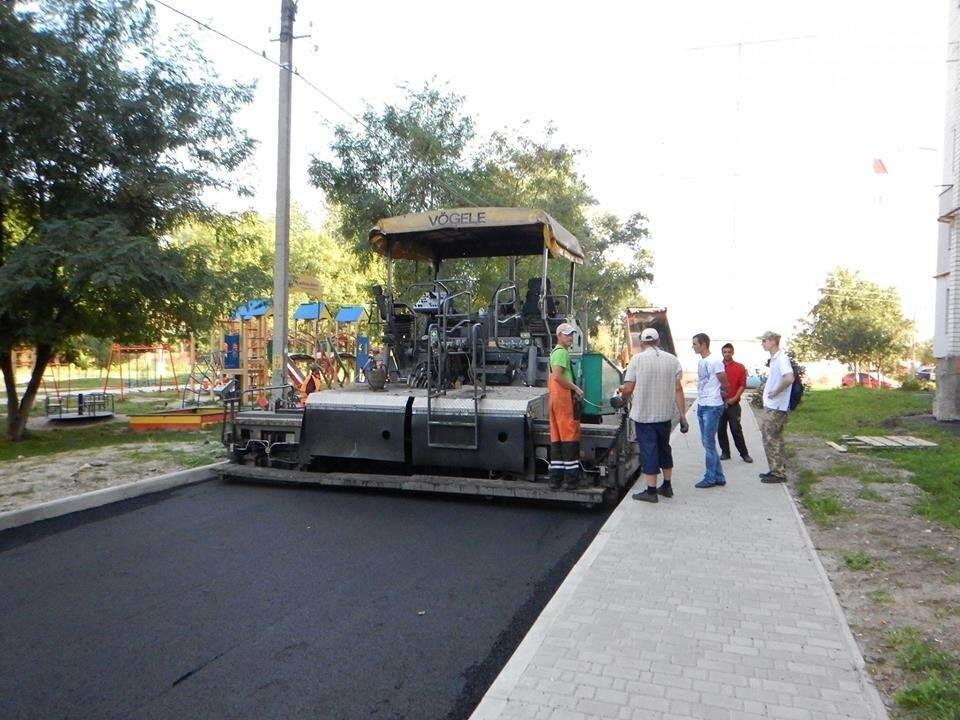 Ремонту дорог в Чернигове мешают нерадивые автомобилисты, фото-2