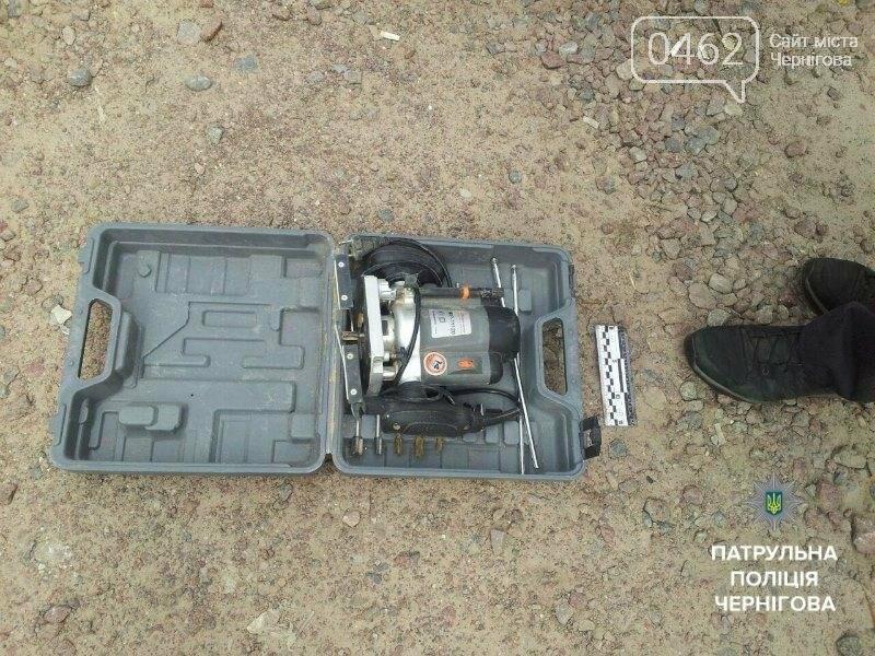 В Чернигове трое грабителей попались в такси при перевозке краденного, фото-5