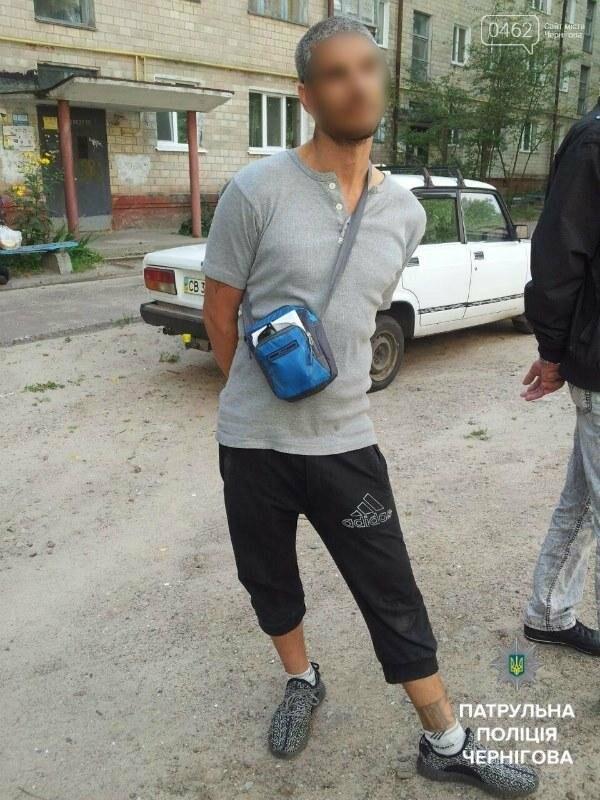 В Чернигове трое грабителей попались в такси при перевозке краденного, фото-8