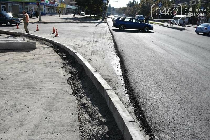 К концу года на ул. Рокоссовского отремонтируют одну полосу движения, фото-5
