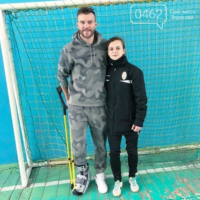 Травмированный Андрей Ярмоленко приехал в Чернигов – в родную спортшколу, фото-1