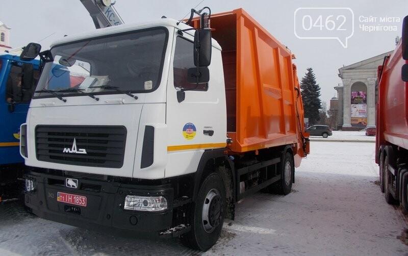 Белорусы искушают черниговских коммунальщиков новой техникой, фото-3