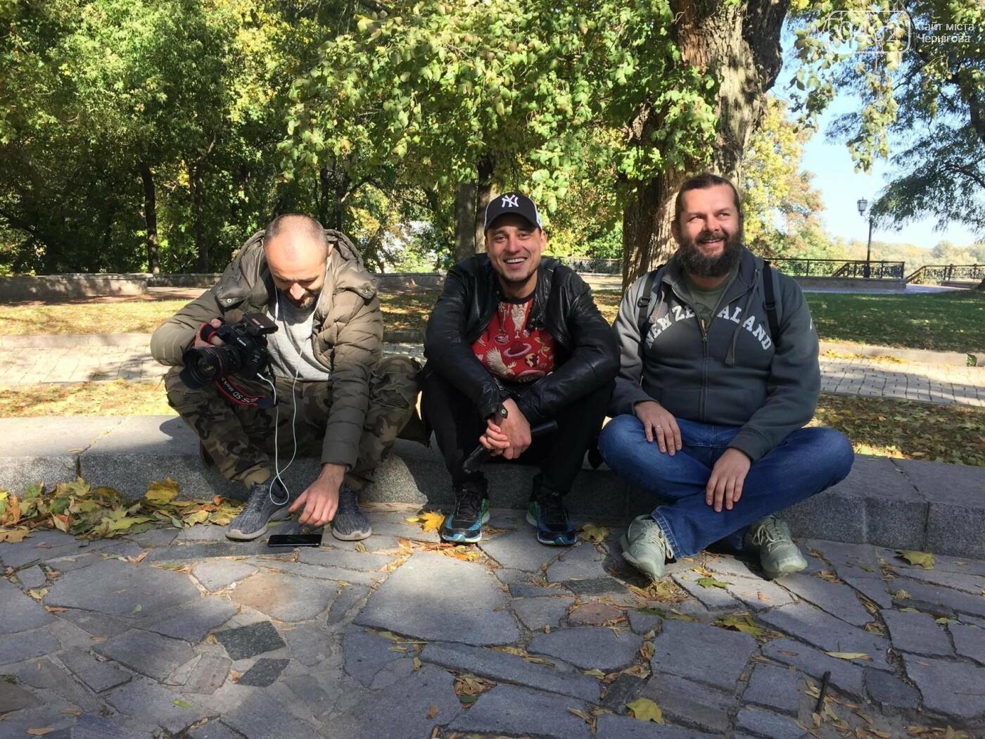 """У Чернігові помітили знімальну групу проекту """"Орел і Решка"""", фото-3"""