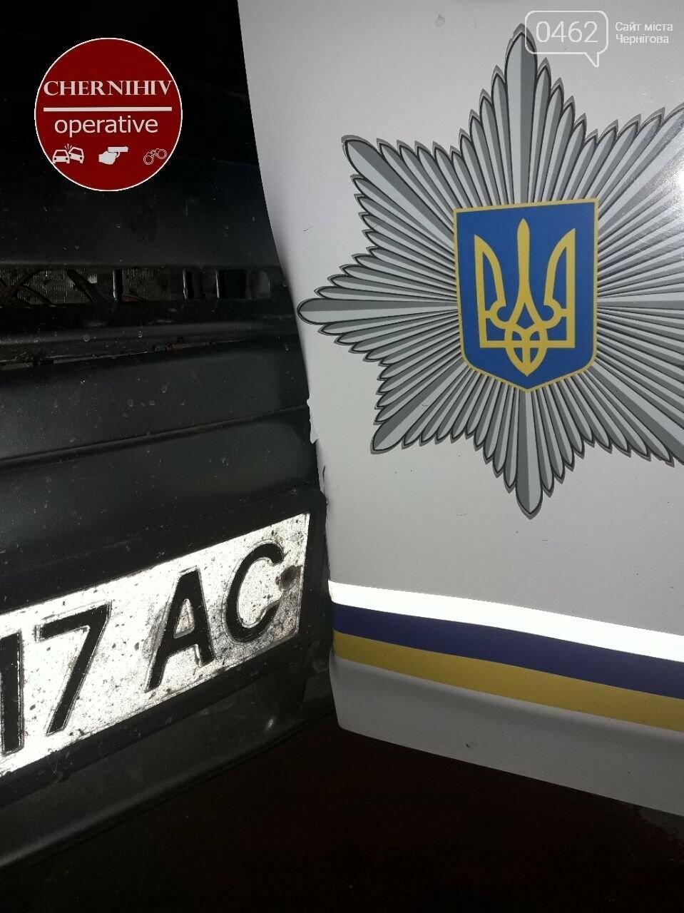 У Чернігові відбулось затримання із поліцейською погонею, фото-7