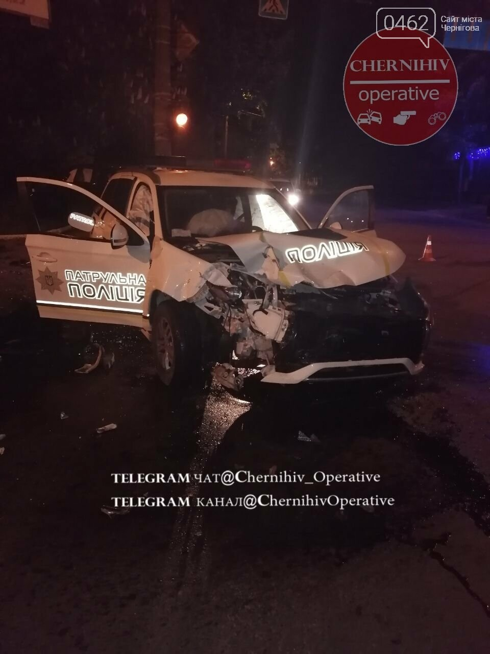 У Чернігові патрульний позашляховик потрапив у ДТП, фото-2