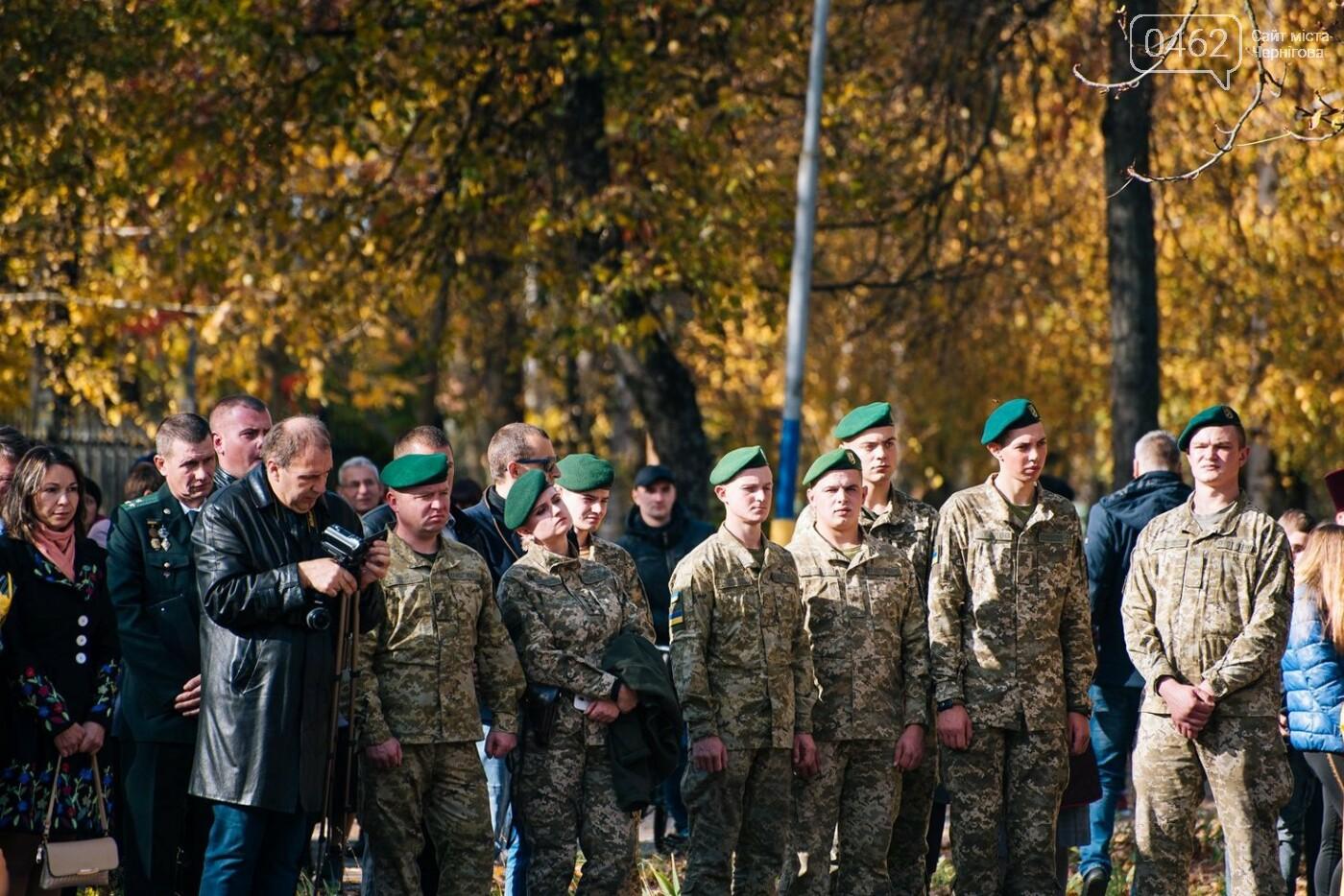 На Чернігвщині відкрили одразу кілька монументів воїнам-захисникам України, фото-3