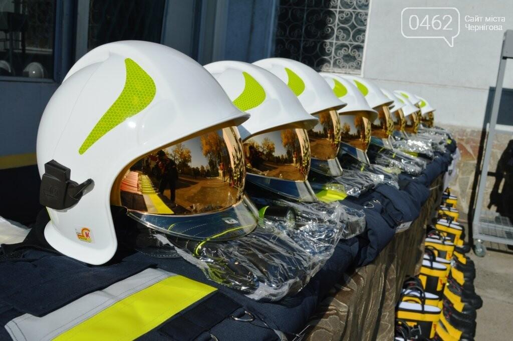 Рятувальники з Чернігівської області отримали спорядження від колег з Польщі, фото-1