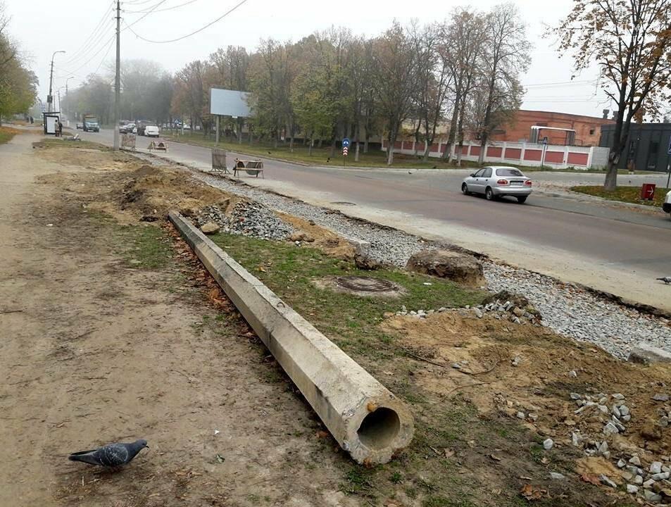 В Чернігові біля пологового будинку розширюють дорогу, фото-3