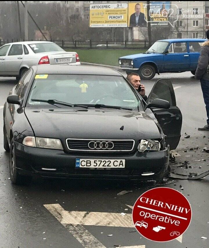 В Чернигове - ДТП с пострадавшими, фото-2
