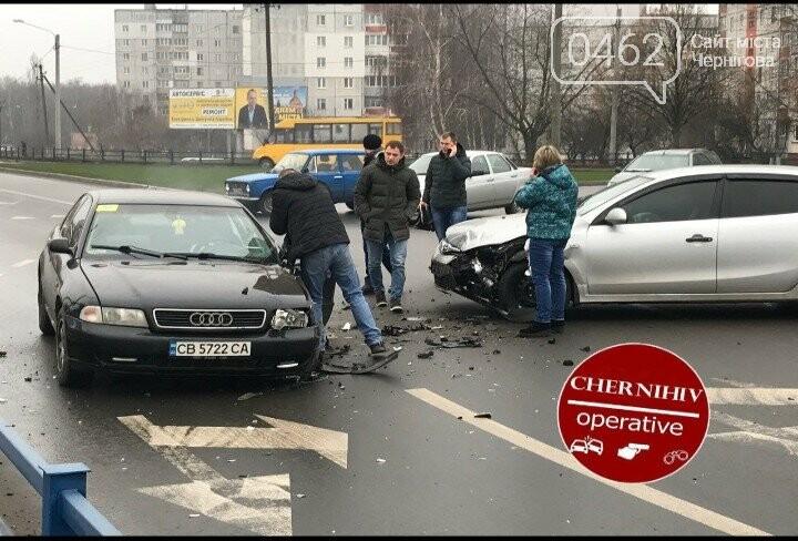 В Чернигове - ДТП с пострадавшими, фото-3