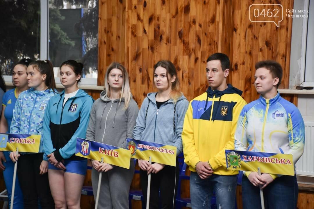 В Чернигове проходят всеукраинские соревнования по тяжелой атлетике , фото-4