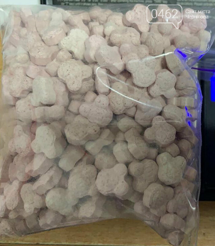 """Успішна спецоперація: у Чернігові викрили нарколабораторію з """"товаром"""" на 110 млн грн, фото-2"""