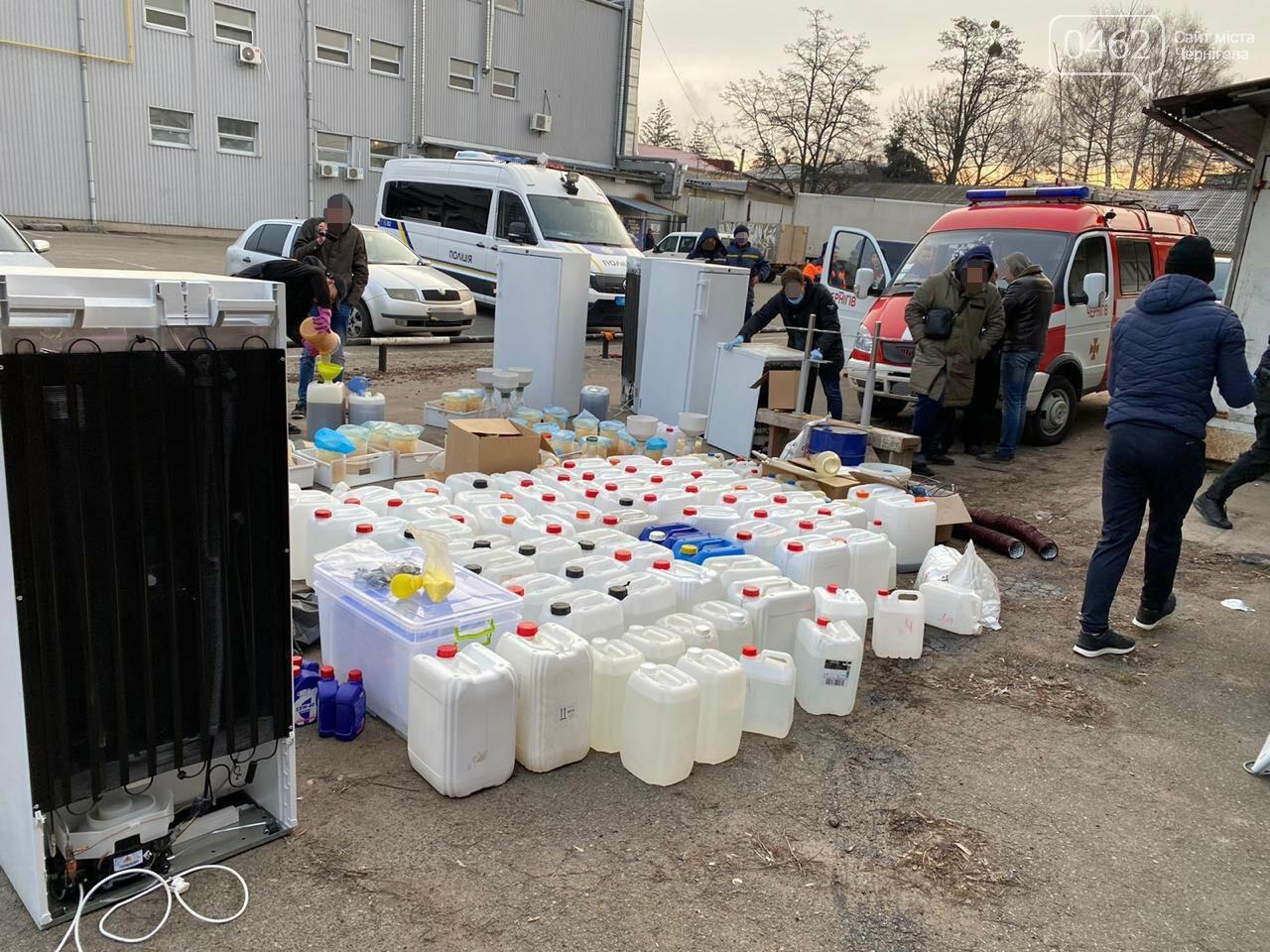 """Успішна спецоперація: у Чернігові викрили нарколабораторію з """"товаром"""" на 110 млн грн, фото-7"""