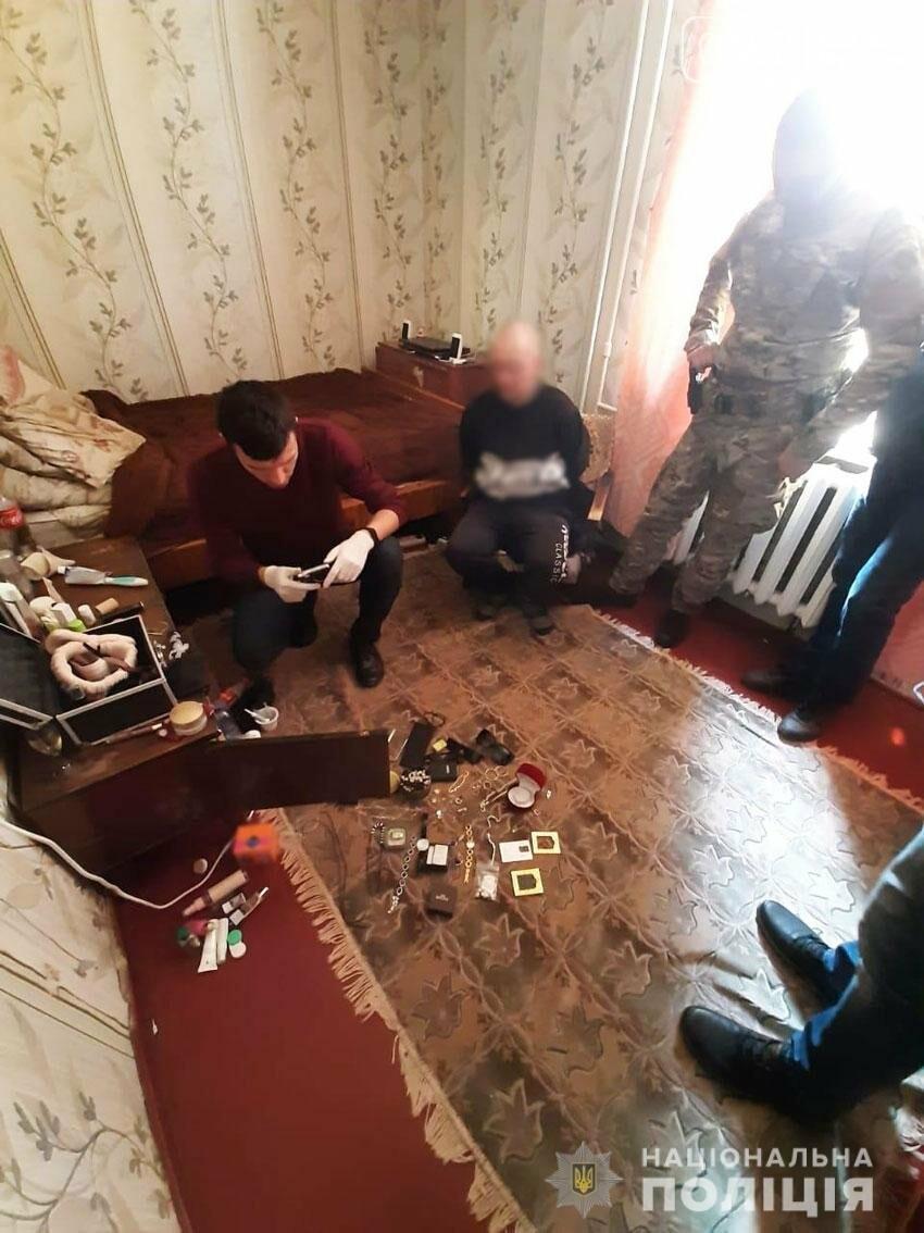 Грабували квартири на першому поверсі: на Чернігівщині затримали банду крадіїв-гастролерів, фото-6