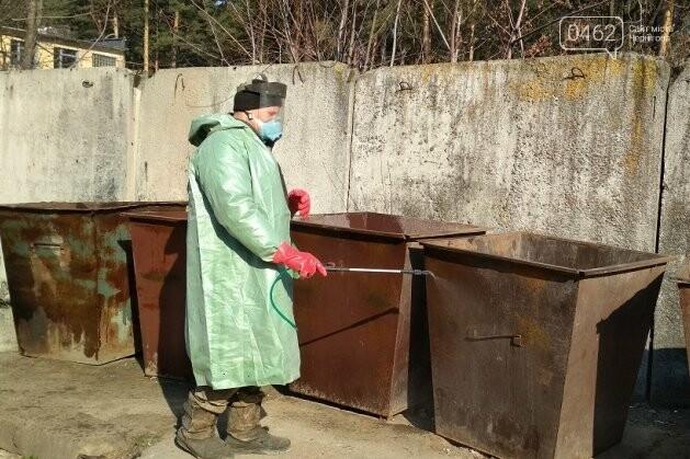 Дезінфекція вулиць. В Чернігівській області вже почали поливати дороги, фото-4