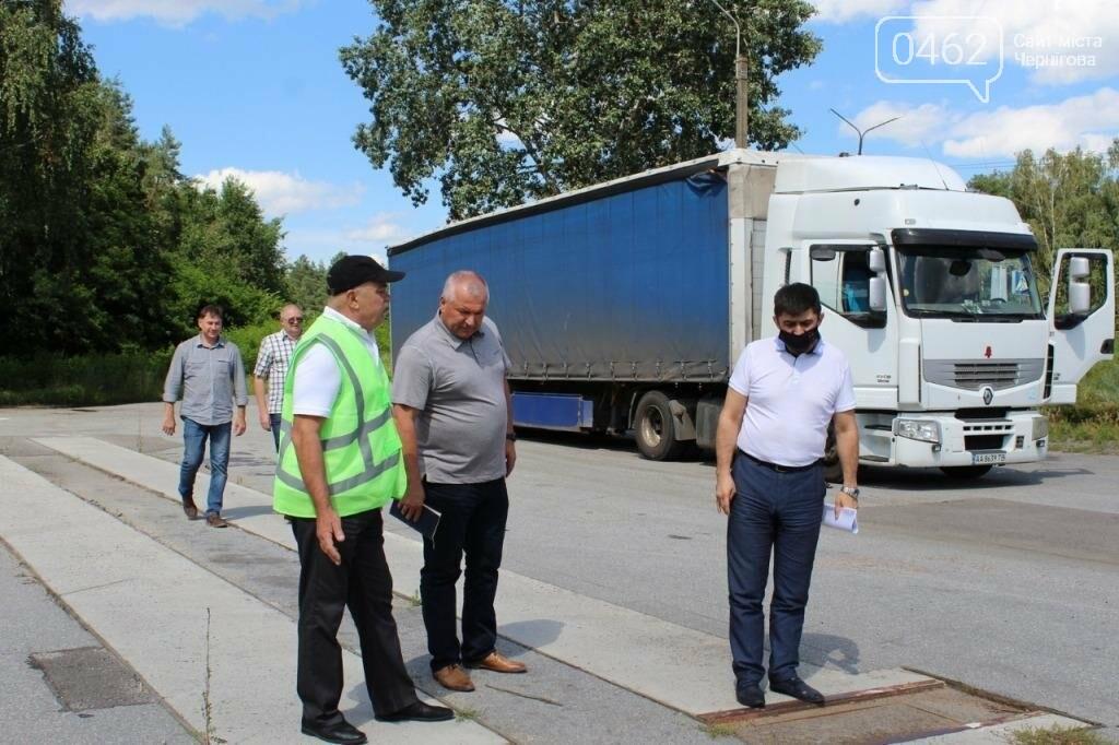 На дорогах Чернігівщини вже зважують фури. Перевантаженим – штраф, фото-1