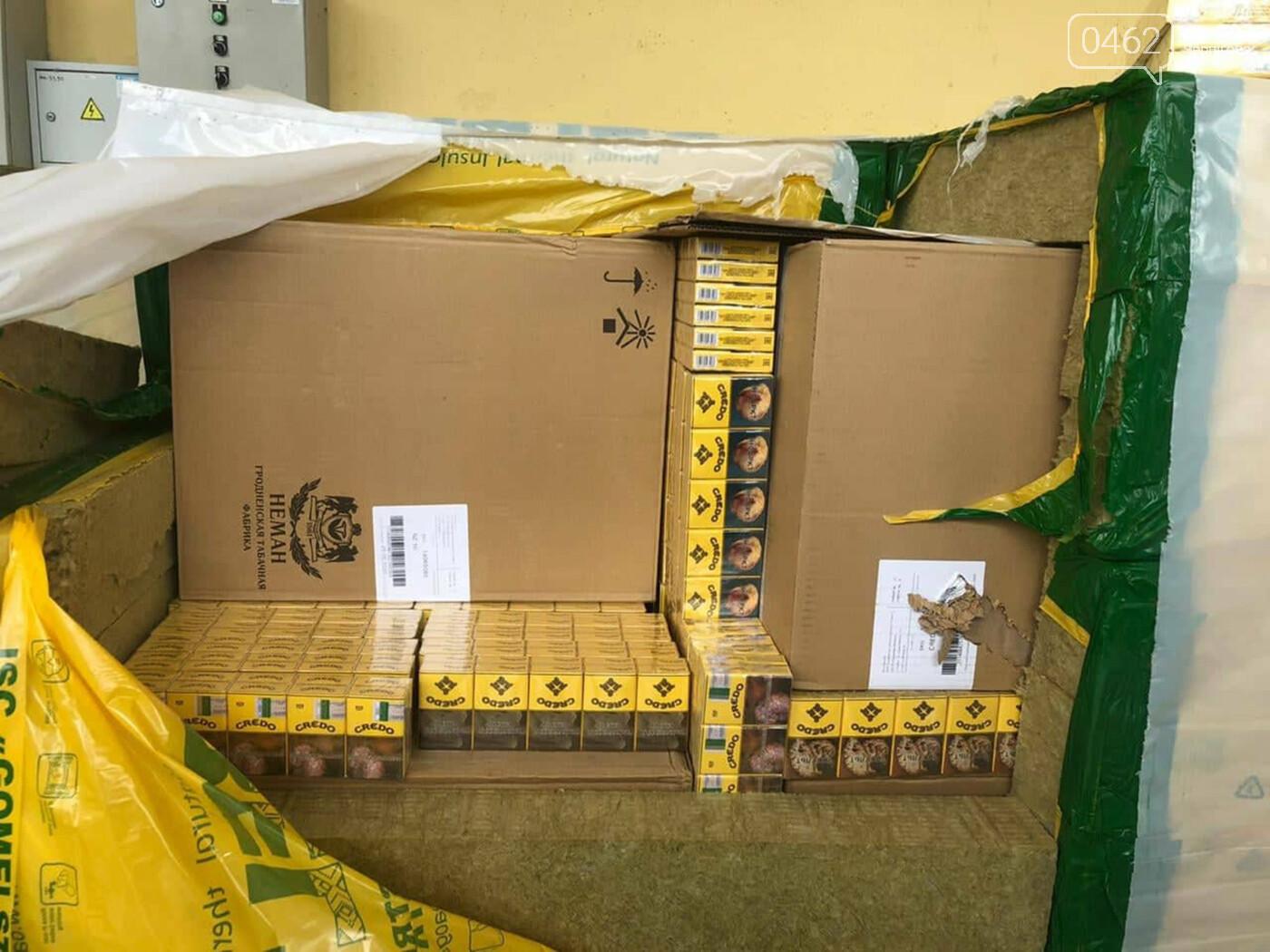 Знову контрабанда цигарок. У Чернігівську область білорус намагався ввезти незаконний вантаж, фото-1