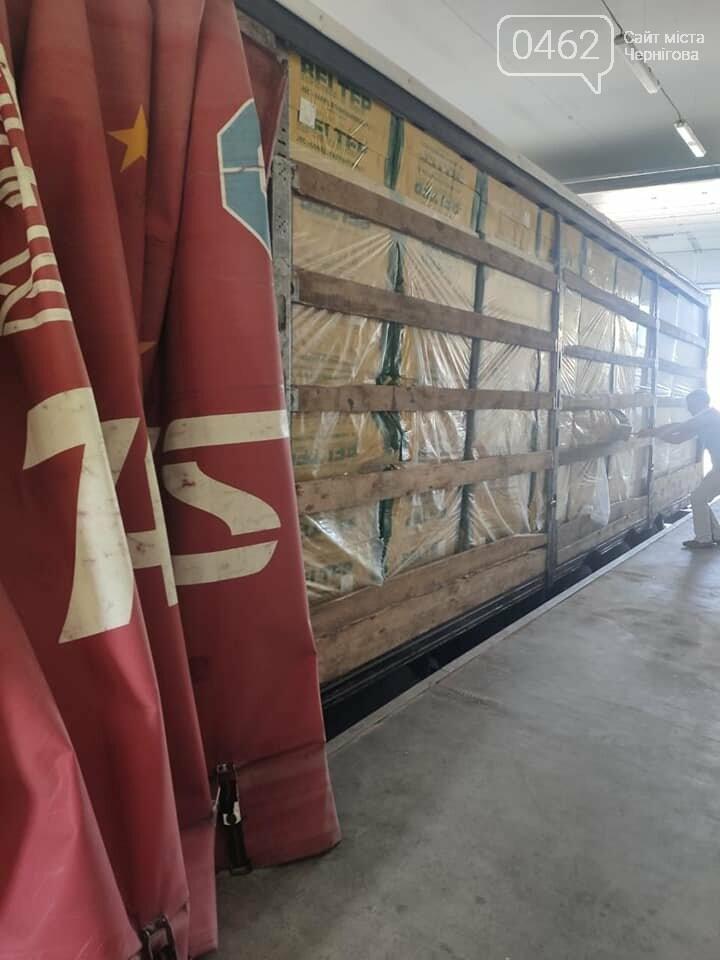 Знову контрабанда цигарок. У Чернігівську область білорус намагався ввезти незаконний вантаж, фото-8