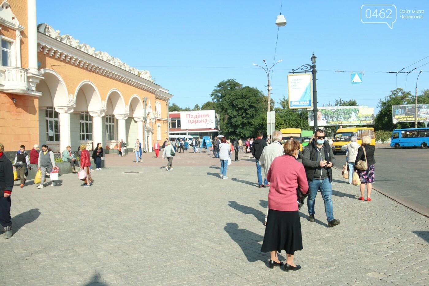 Вокзальну площу в Чернігові обіцяли відремонтувати, але не так сталося як гадалося, фото-4