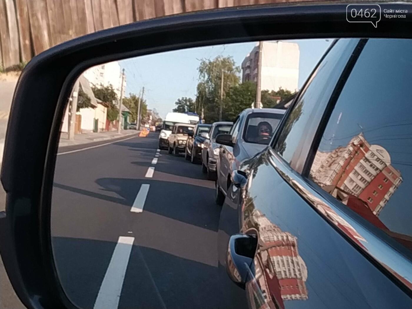 Пішки швидше: чому в Чернігові з'явились величезні затори, і як їх позбутись, фото-3