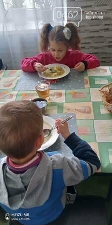 День защиты детей с «АТБ»: крупнейшая торговая сеть страны дарит самым маленьким украинцам надежду и помогает вернуть здоровье , фото-1