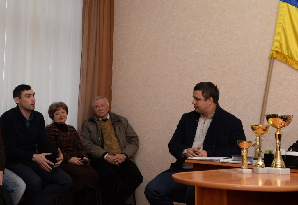 Максим Микитась: «Ремонт доріг – одна з найболючіших проблем Чернігівщини», фото-2