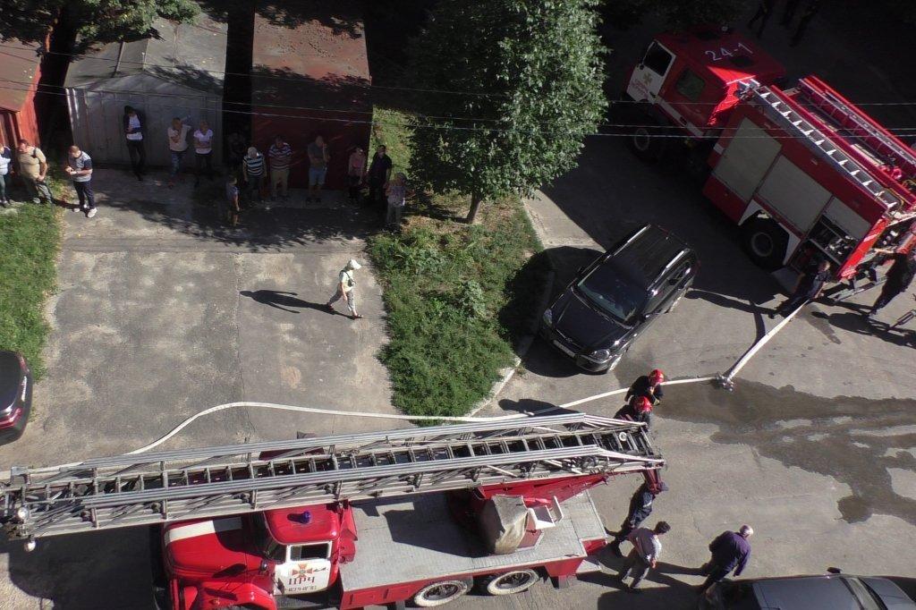 В Чернигове горела квартира, фото-2