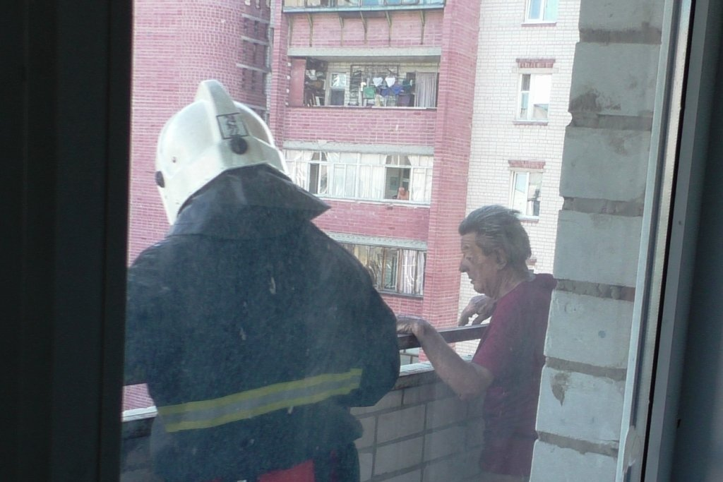 В Чернигове горела квартира, фото-3