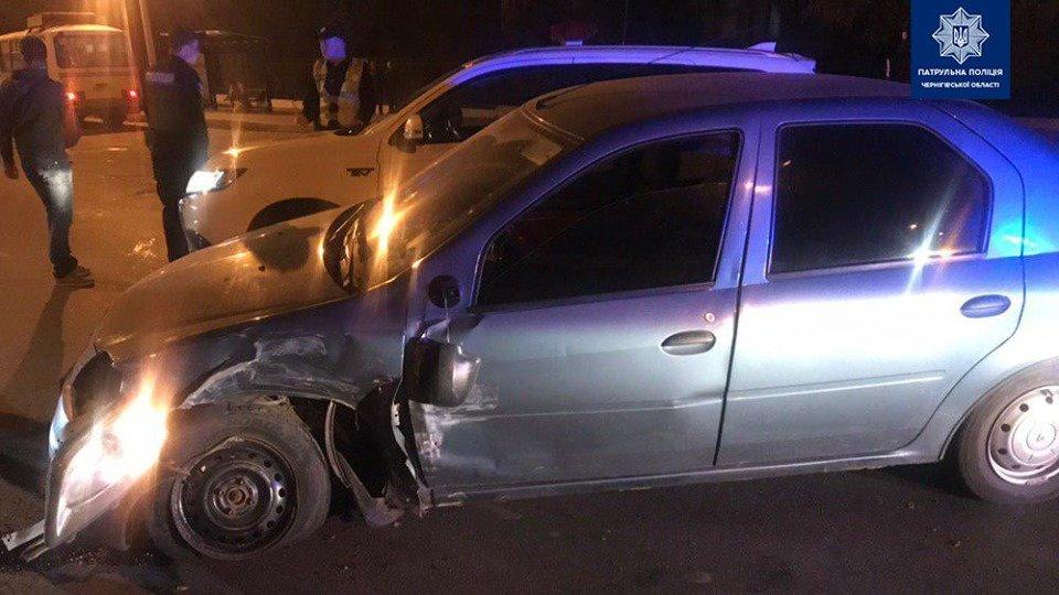 Сбегая от полиции потерял колесо: в Чернигове очередное ДТП, фото-1