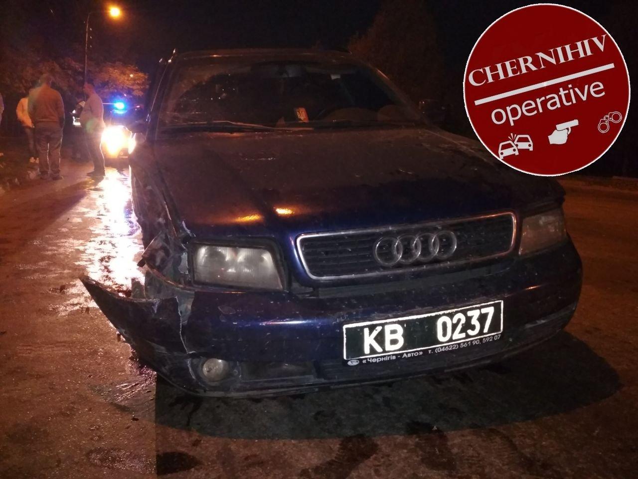 Сбегая от полиции потерял колесо: в Чернигове очередное ДТП, фото-4