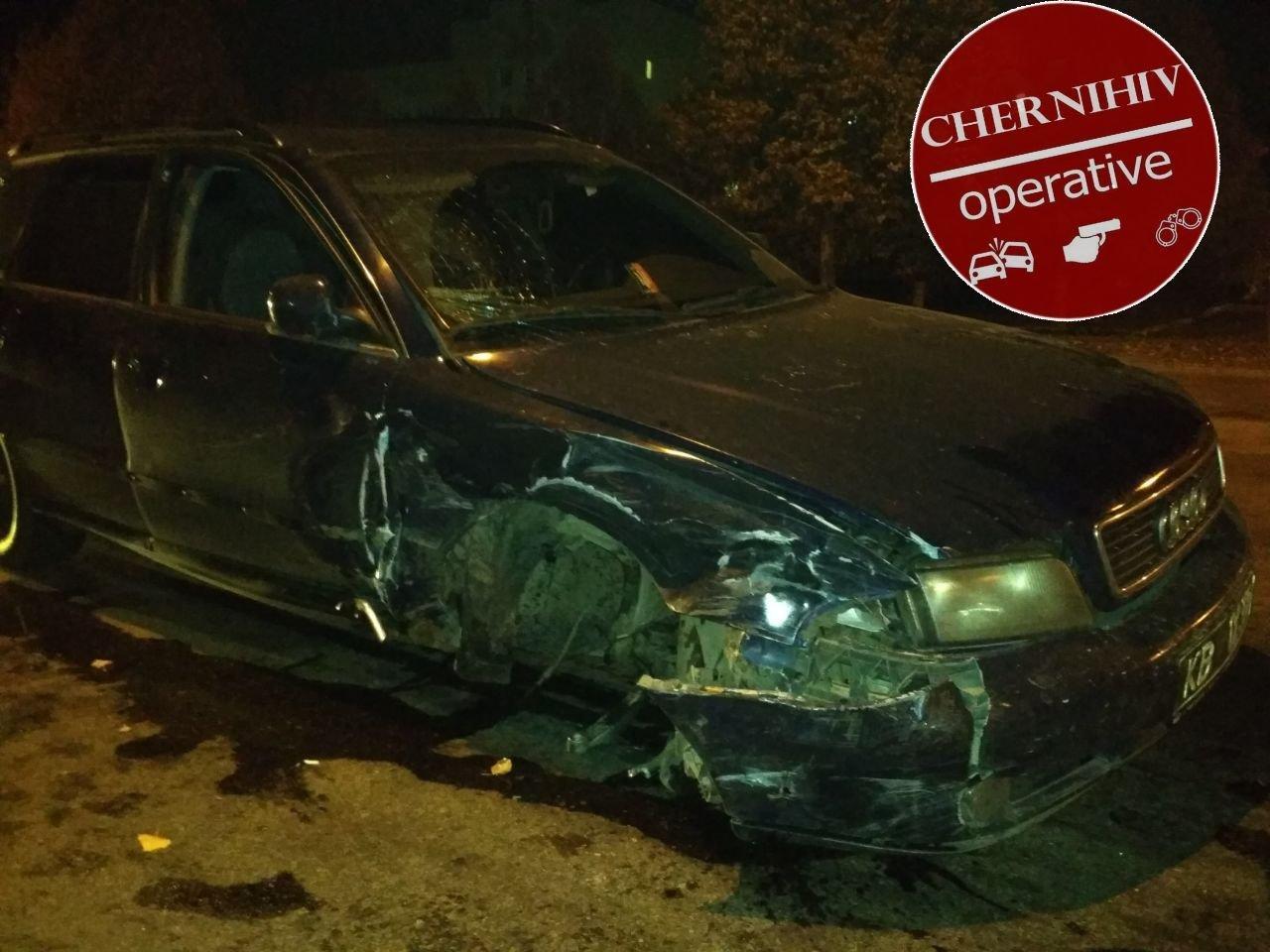 Сбегая от полиции потерял колесо: в Чернигове очередное ДТП, фото-8