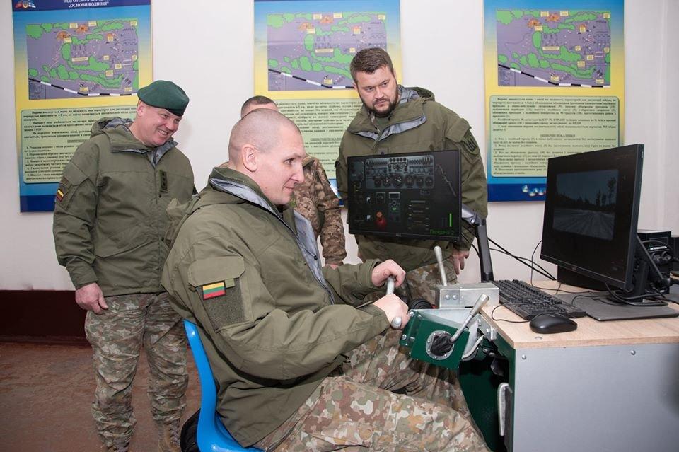 Армійці з Литви відвідали Навчальний центр «Десна» на Чернігівщині, фото-13