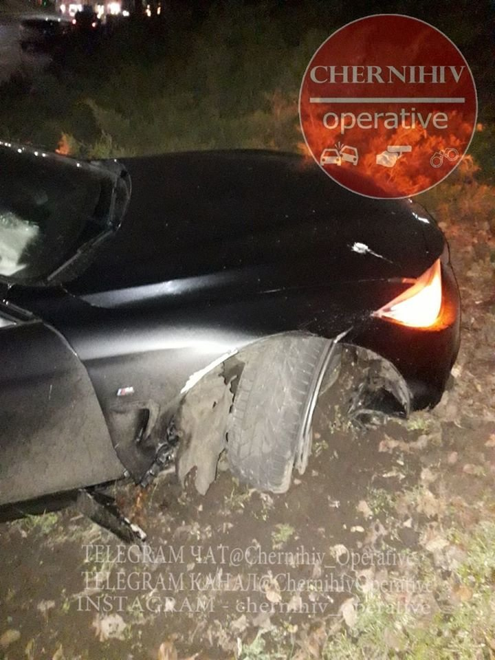 BMW влетіло у чернігівський Вал, фото-3