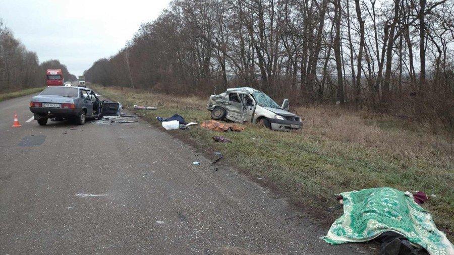 На Черниговщине ДТП с тремя погибшими, фото-1