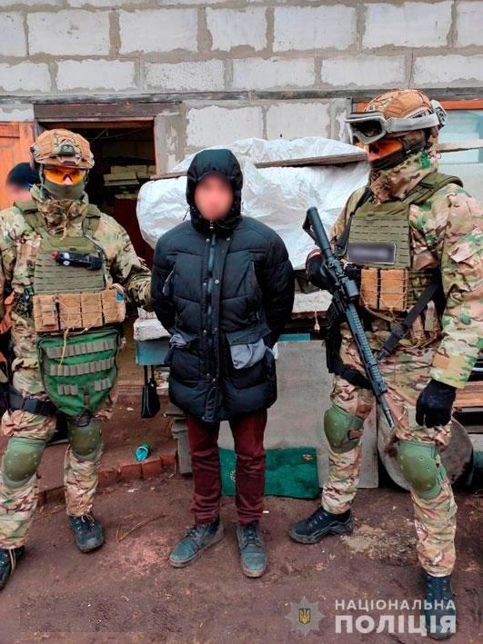 Амфетамин и марихуана для Черниговщины: полиция накрыла нарколабораторию, фото-1