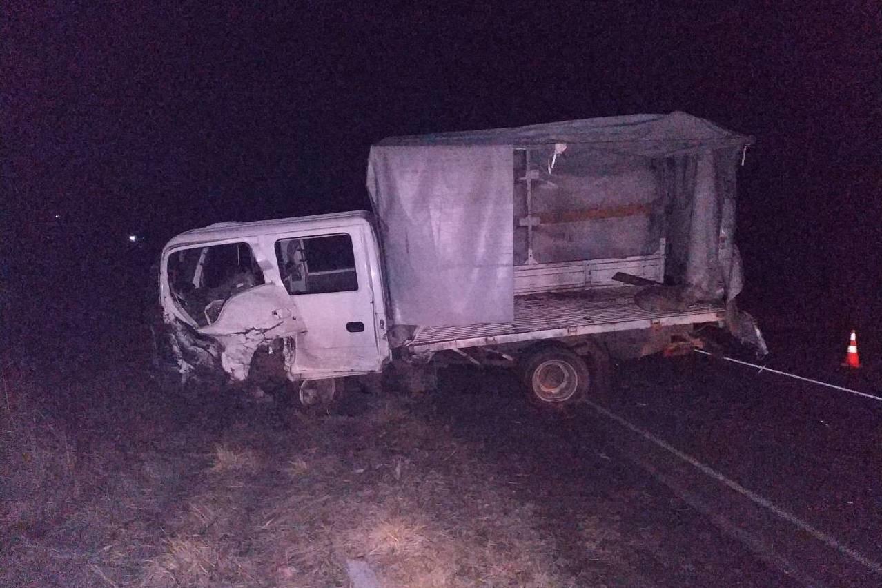 Разбитые вдребезги авто и смерть водителя: на Черниговщине очередное ДТП, фото-3