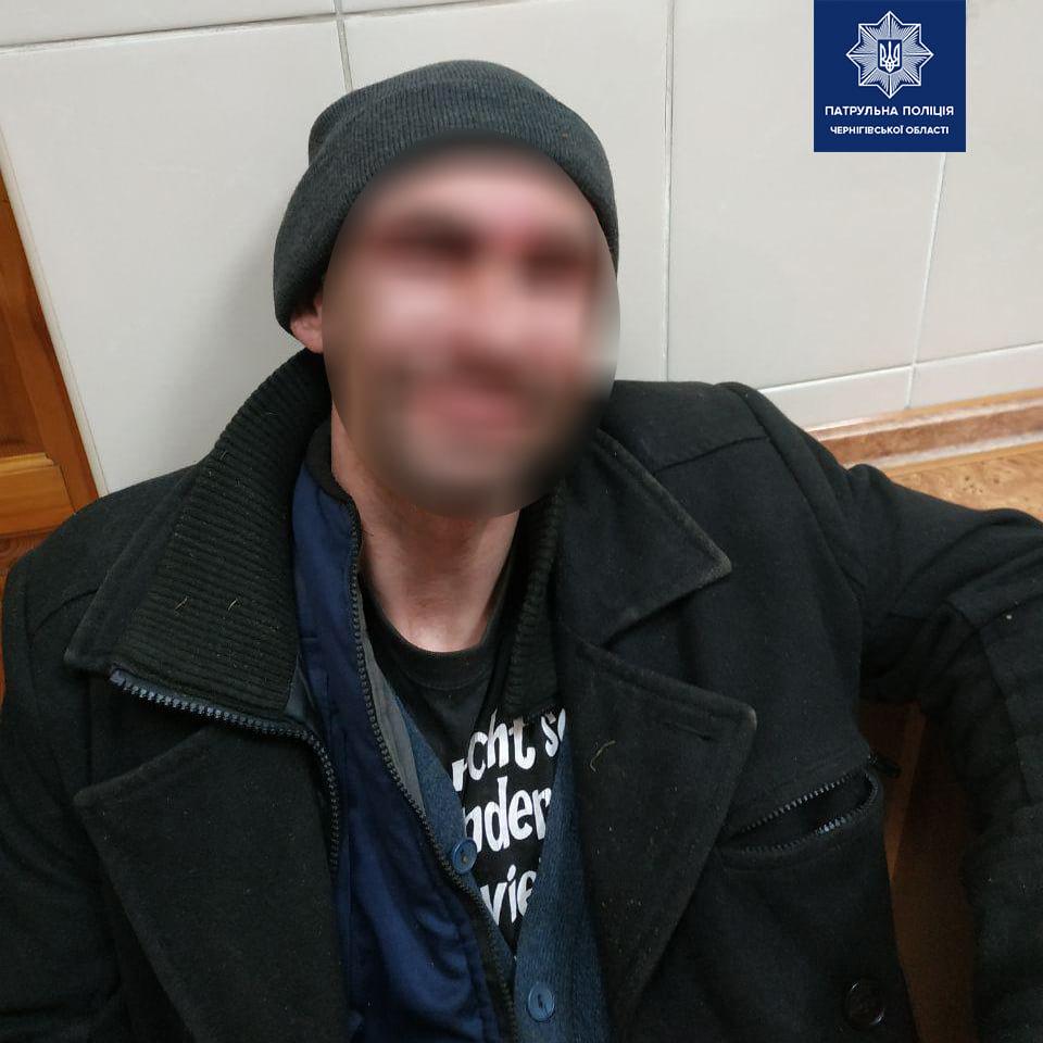 По гарячих слідах: чернігівські патрульні затримали крадія, фото-3