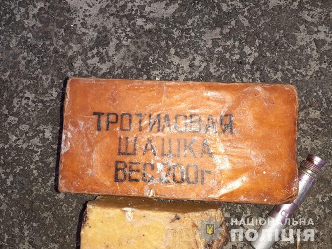 Тротил, гранаты, патроны: у жителя Черниговщины нашли арсенал оружия, фото-4