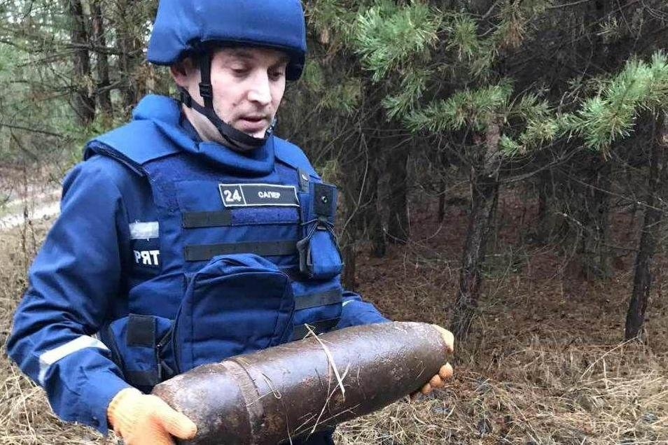 Небезпечні знахідки: на Чернігівщині знищили два снаряди, фото-2