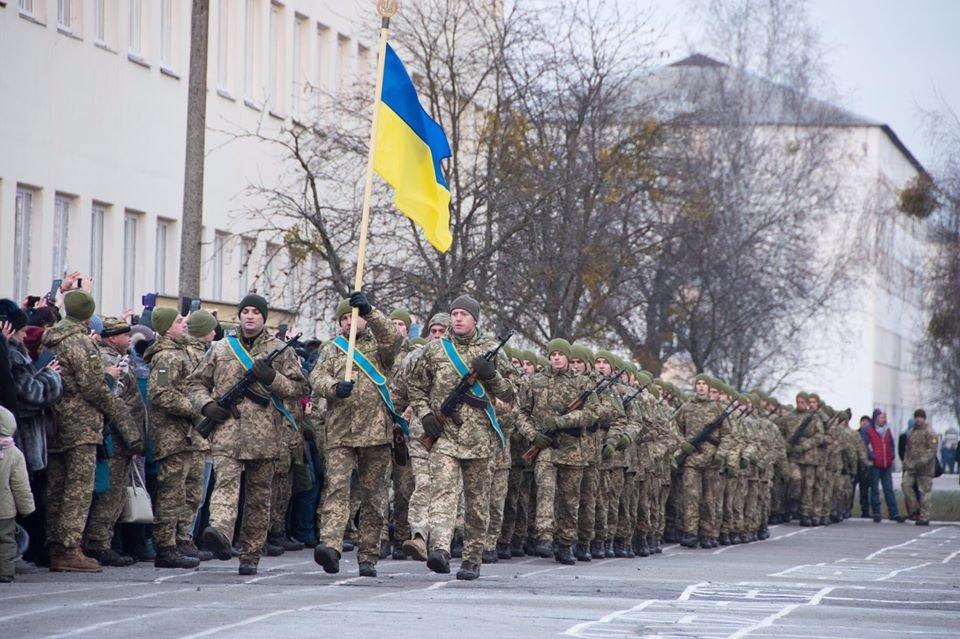 На Чернігівщині дві тисячі військових склали присягу, фото-3