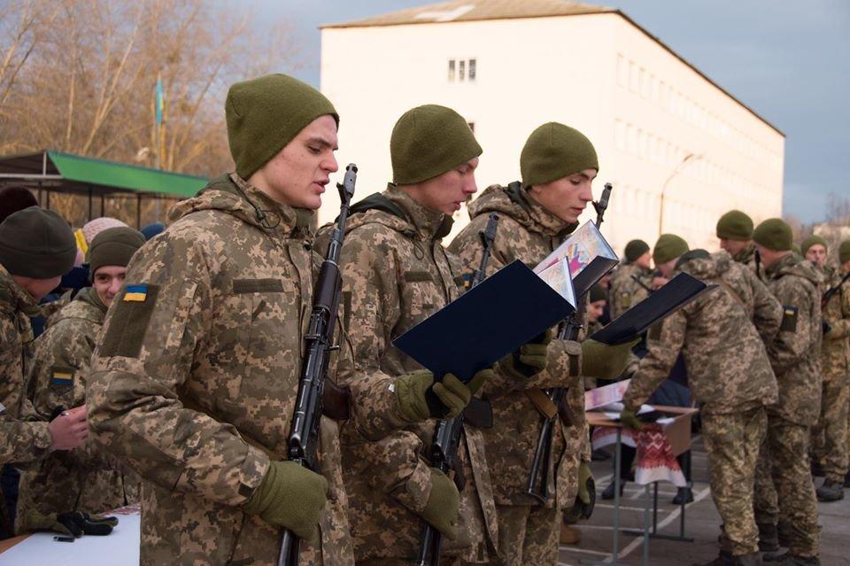 На Чернігівщині дві тисячі військових склали присягу, фото-4